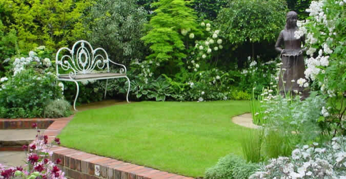 Backyard Landscaping Ideas Professionally Performed Lawn Maintenance In Palm Harbor Fl